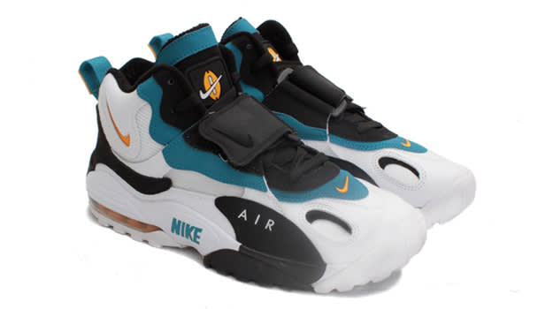 Cross Trainers - Nike Air Speed Turf Max