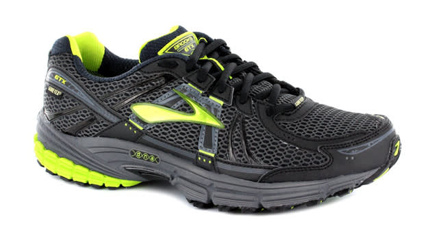 The 10 Best Gore-Tex Equipped Running Sneakers This Winter | Complex