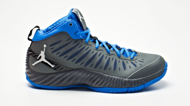 AirJordan_Superfly_GreyBlue-2