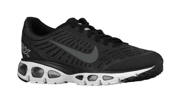 womens nike air max tailwind 5 black red