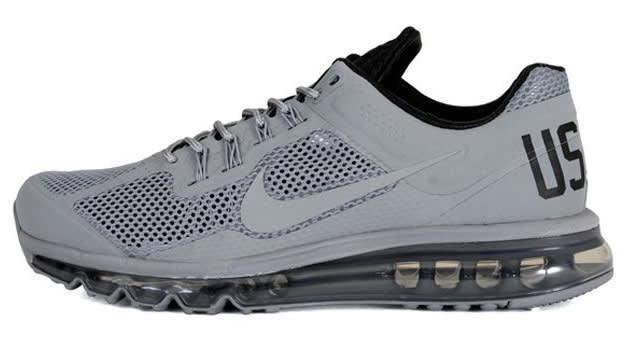 Nike USATF Air Max 2013 QS