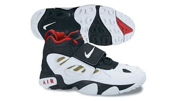 Cross Trainers - Nike Diamond Turf 2