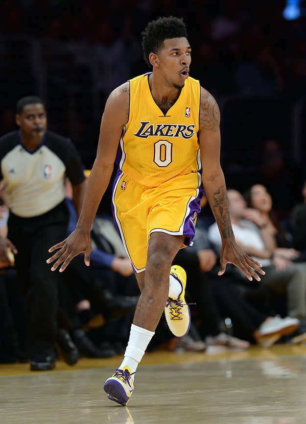 Nick Young Laces Up In The Nikeid Nike Kobe 8 Ss Pe Complex