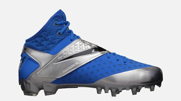 Nike-CJ81-Elite-TD-Mens-Football-Cleat-596631_400_A