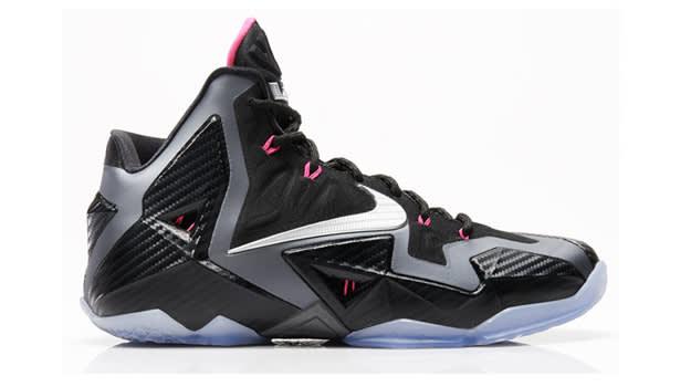 Nike_LeBron_11