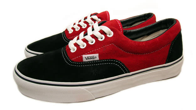 Vans Era in Navy and Red