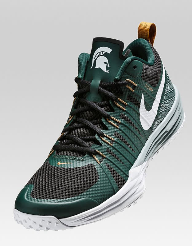f8641da28b35e0 85.00 Nike lunar tr1 running shoes Show Your School Spirit With the Nike  Lunar TR1