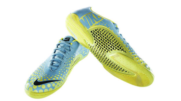 The 10 Best Indoor Soccer Shoes