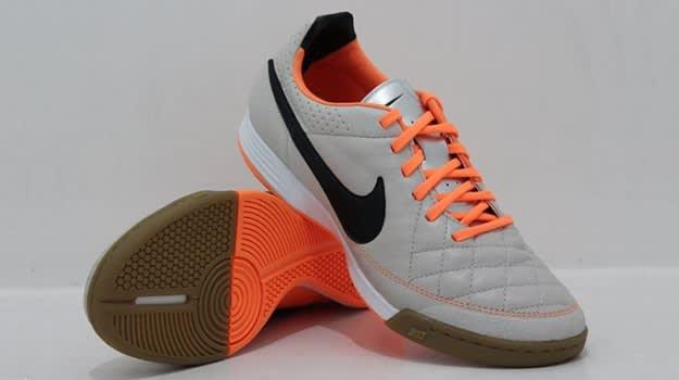 Nike_Tiempo_Legacy_IC