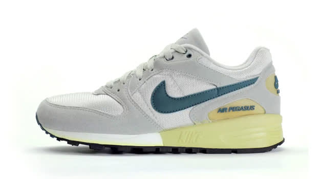 premium selection 631d6 7b997 The Complete History of the Nike Air Pegasus  Complex