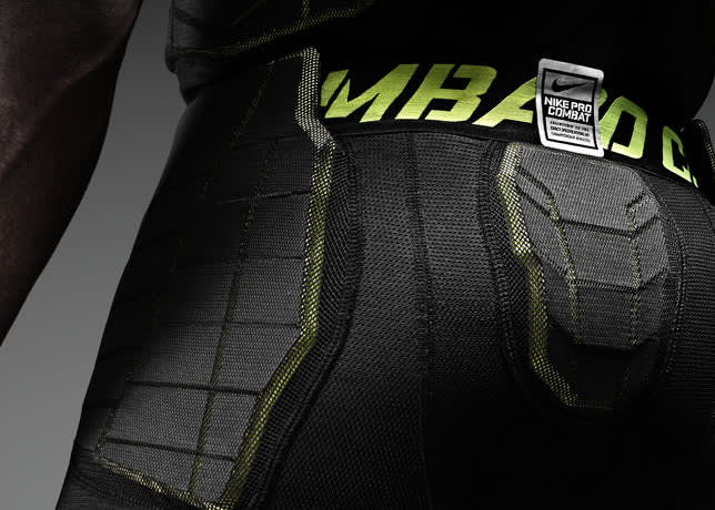 Nike Pro Combat Hyperstrong 3/4 Pant