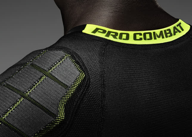 Nike Pro Combat Hyperstrong 3.0 Top