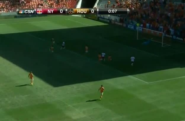 Weekend in Soccer - Tim Cahill Goal