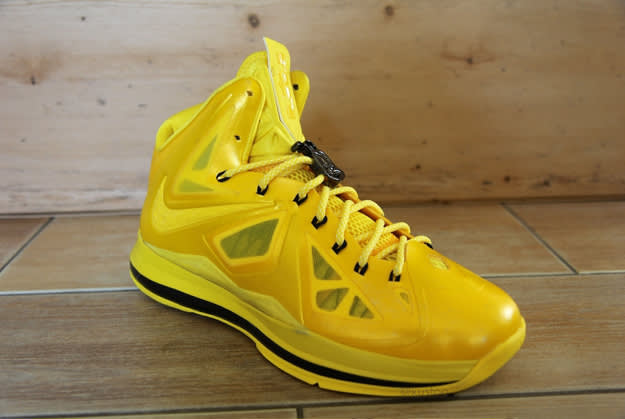 LeBron-X-Buzz-Bee_01 copy