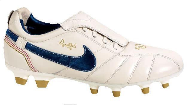 Nike Tiempo Ronaldinho 10R
