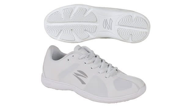 Best Cheer Shoes For Flyers