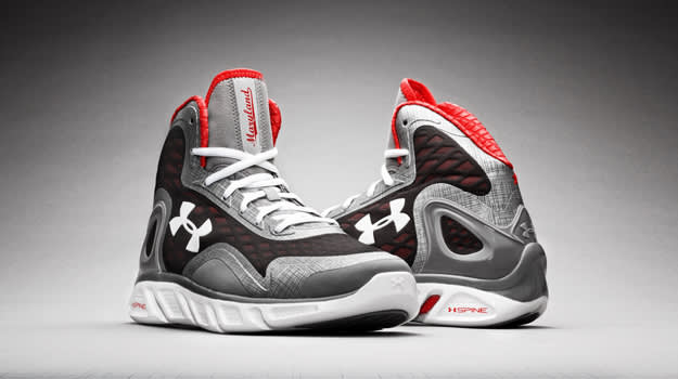 HOLIDAY GIFT GUIDE: The 10 Best Basketball Shoes To Receive This ...