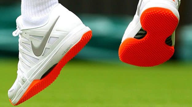 Roger Federer's banned Nike Zoom Vapor 9 Tour