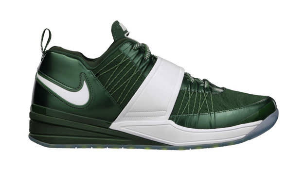 Cross Trainers - Nike Zoom Revis