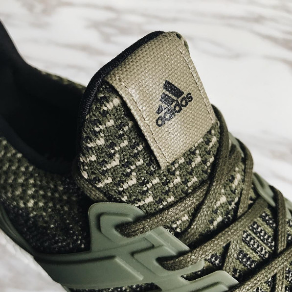regarder e703c 58a0b Adidas Ultra Boost 3.0