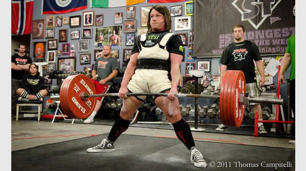 The big three powerlifters love chuck taylors complex jpg 625x350 Squats chuck taylors good lifting shoes