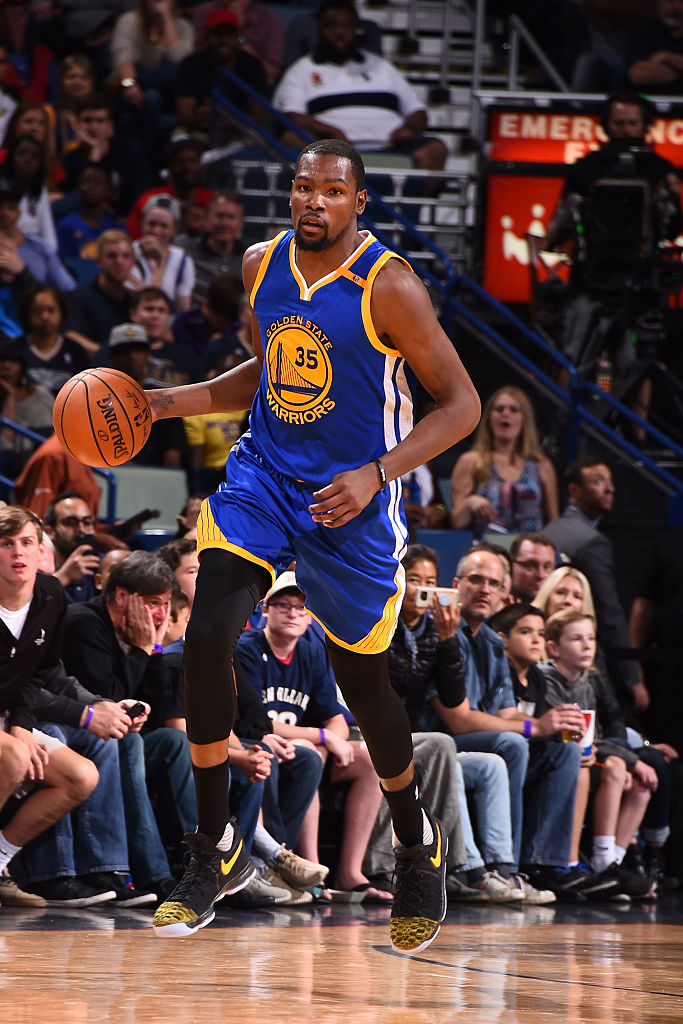 lowest price 9615d e898b Kevin Durant Wearing a Black/Yellow Toe Nike KD 9 PE | Sole ...