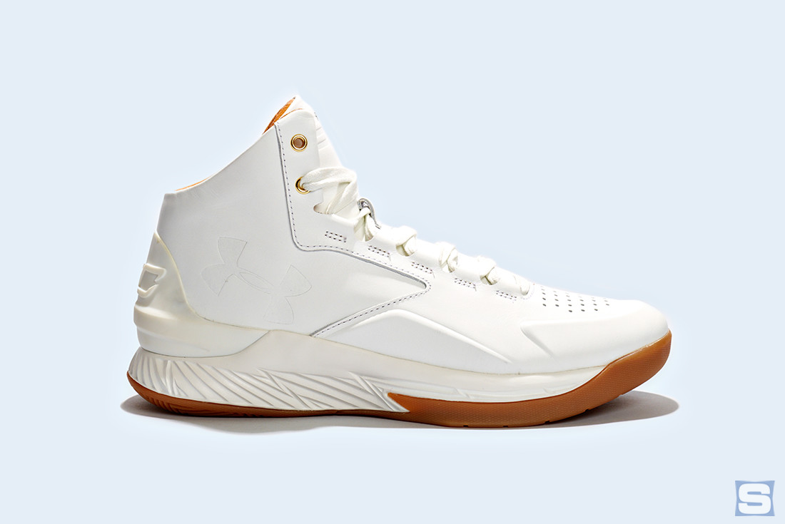 Under Armour Curry Lux White Gum Profile