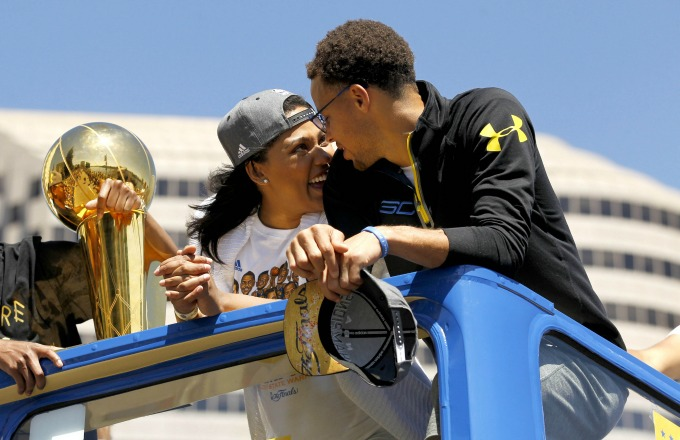 """Steph Curry Admits Wife Ayesha Rejected Him the First Time He Tried to Kiss Her: """"I Struck Out"""""""