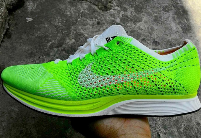 Nike's Latest Flyknit Racer Colorway Is One of the Most Eye-Catching Yet