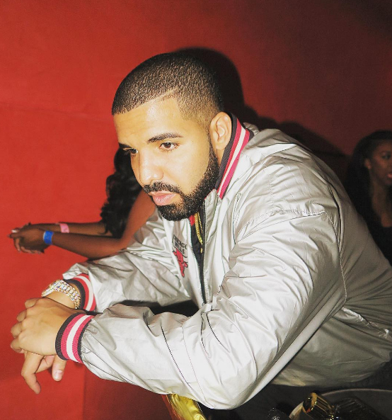 Drake's 'Views' Holds No. 1 Spot on Billboard 200 With Over 200 Million Streams news