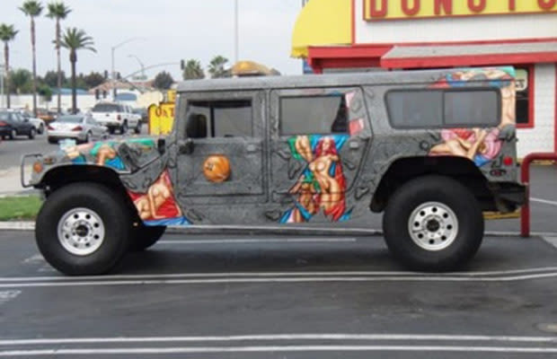 naked girls with hummers