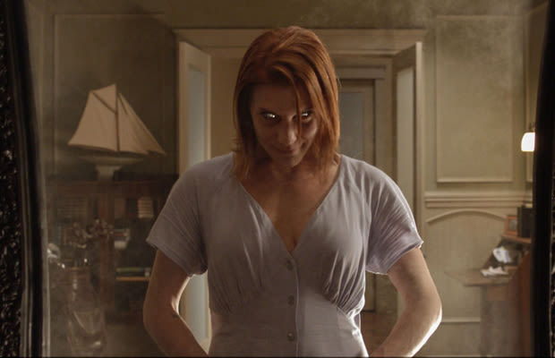 """Fear the Glass: The Making of """"Oculus,"""" the Best Haunted Mirror ..."""