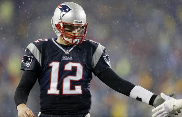 Tom Brady Assures Everyone That He 39 S Going To Live