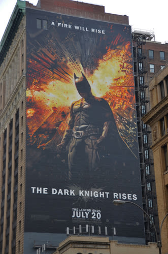 Hand painted 150 foot batman mural in nyc complex for Dark knight rises wall mural