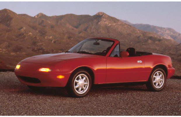 mazda miata the 25 best cars of the 39 90s complex. Black Bedroom Furniture Sets. Home Design Ideas