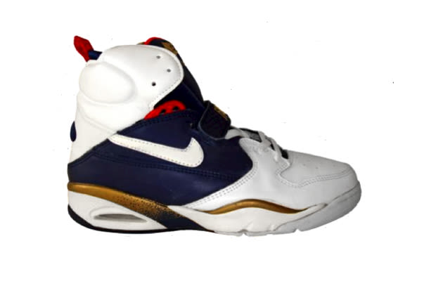 1 nike air flight lite ii mid eight team usa basketball sneakers that should be retroed right. Black Bedroom Furniture Sets. Home Design Ideas