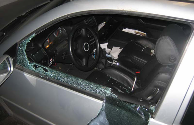 Broken Window 10 Harmless But Awesome Car Pranks Complex