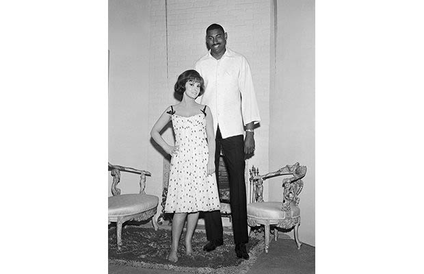 Famous Athletes 2013 Wilt Chamberlain - The...