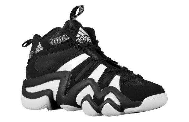 basketball shoes of the 90s - Kobe's