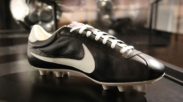 2014-nike-first-soccer-boot-03