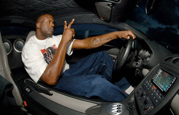 Smart Car Shaq In 10 Cars That Are Way Too Small For Him
