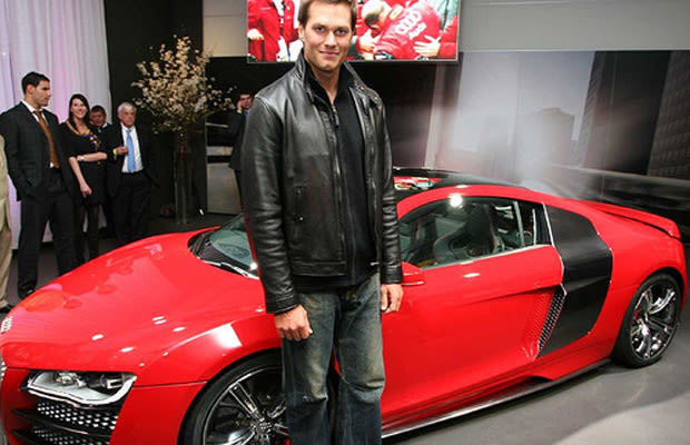 tom brady audi r8 32 nfl players and their cars complex. Black Bedroom Furniture Sets. Home Design Ideas