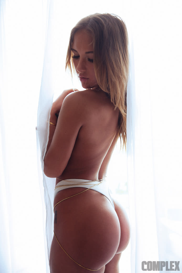 Niykee Heaton Nude Photos 19