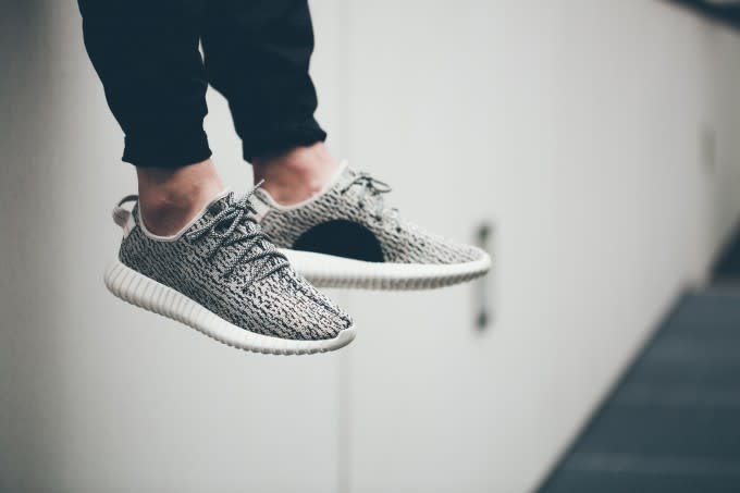 info for f621c 8510e adidas Yeezy Boost 350