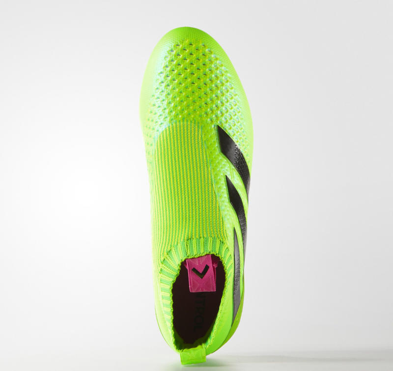 laceless soccer cleats adidas