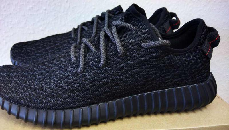 best service 84f70 7044b How to Spot Fake adidas Yeezy Boost 350s | Complex