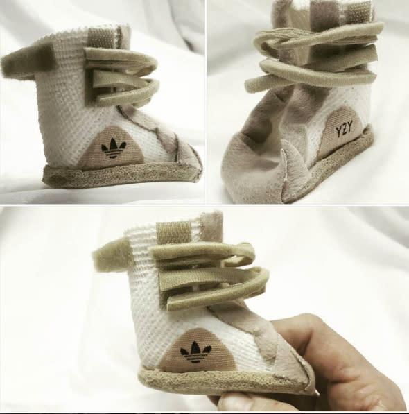 Yeezy Beige Adidas