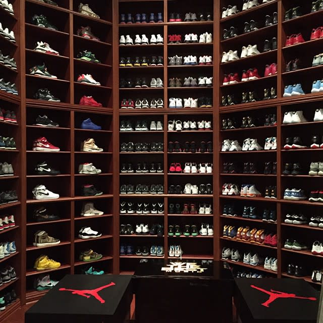 Dj khaled just remodeled his sneaker room and it s absolutely insane