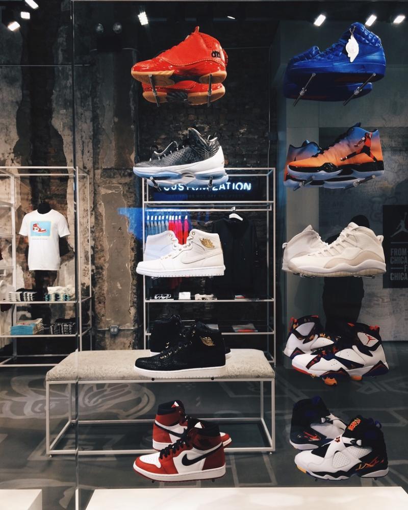 9abf220a0179a Nike Blazer High Vintage Schuhe Herren Rot Grau Air Jordan 13 In ...