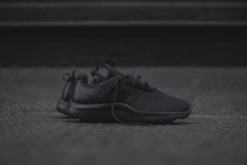 Nike Air Presto Triple Black On Feet
